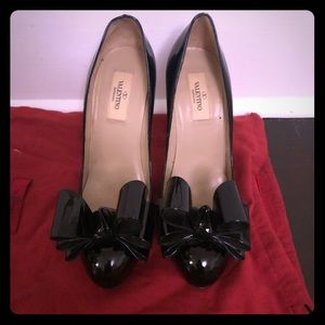 Valentino Black Patent Leather Bow Pumps